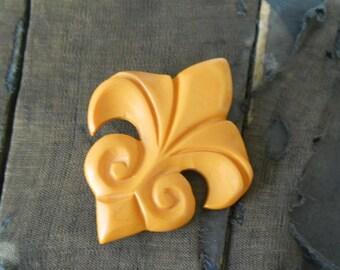 Vintage Bakelite Fleur De Lis Brooch• Yellow Butterscotch Pin •  Simple Bakelite Scarf Pin