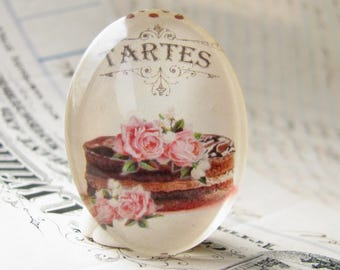 Pink flowers on a chocolate cake, 40x30mm glass oval cabochon from our Bountiful Bakery collection, handmade glass oval cabochon, Tartes