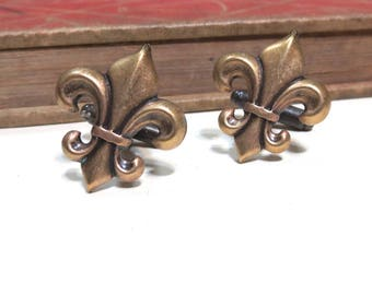 Antiqued Brass Fleur de Lis Cuff Links - Soldered - France French Wedding Antique Gold Cufflinks Saints Boy Scouts