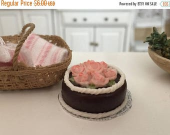 SALE Miniature Chocolate Cake, Pink Roses and White Frosting, Style 3657, Dollhouse Miniature, 1:12 Scale, Miniature Food, Pretend Cake
