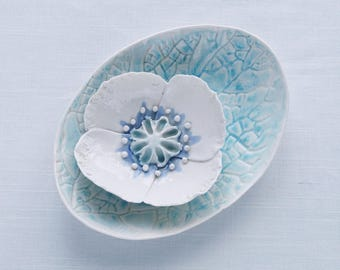 Porcelain POPPY bowl and oval leaf bowl set, nesting bowls white aqua cobalt blue ceramic glazes sculpted flower leaf pattern bowl