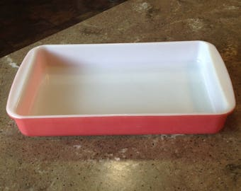 Vintage Pyrex Pink 2 Quart Number 232 Glass Casserole Dish