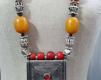 Vintage Middle east Yemen Bedouin silver cage beads, faux amber beads and silver Hirz pendant dowry necklace 397 grams!