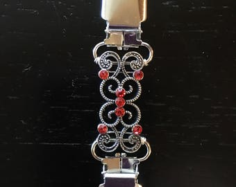 Red and silver Handmade Clothing Cinch Clip