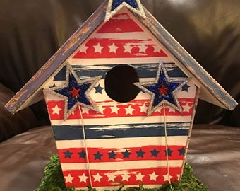 Fun and timely.  Patriotic 4th of July, Independence Day Decoupaged Decorative Birdhouse.  One of a kind!