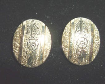 Whiting and Davis - Vintage Gold Tone Clip On
