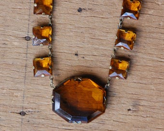 Antique 1930s Czechoslovakian amber glass collar necklace