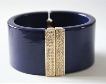 Vintage blue cuff bangle.  Crystal cuff.  Vintage blue cuff bracelet. Vintage jewellery