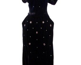 Exquisite Black Velvet 40s Dress with Rhinestones - Vintage 1940s Black Velvet Cocktail Party Dress - Old Hollywood Glam Bombshell - Medium