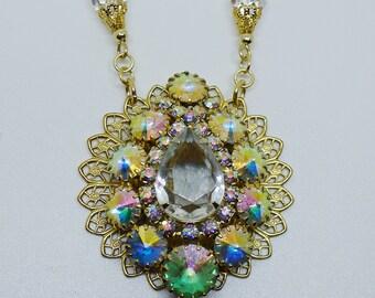 Crystal Unicorn // Amazing 1950s Vintage Swarovski AB Crystal Necklace Pinup Glamour Bridal Wedding Pastel Midcentury Art Deco Holidays Boho