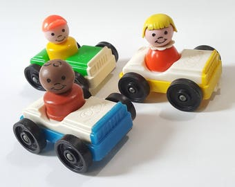 Set of vtg Fisher Price cars and little people