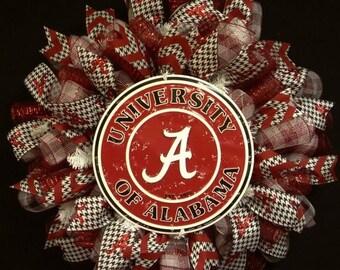 ON SALE Alabama Sports Wreath, Crimson Tide, Roll Tide, Houndstooth, Sports Wreaths, Deco Mesh wreaths (1152)
