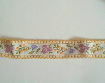 Vintage Embroidered Flowers Sewing Trim Edged with Yellow 2 Yards by 1 1/4 Inches Wide L0692