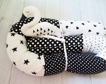 Baby Bed Bumper ,Crib Bumpers , Snake Pillow , Bumper Bed Pillow , Star Print Pillow , Black and White Baby Bedding , stars baby bumper
