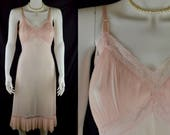 50s Vanity Fair long full slip Size 36 bust | baby pink nylon tricot, crystal pleats, lace and adjustable straps | petticoat or nightdress