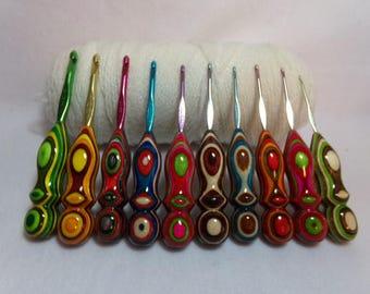 crochet hook - 10 Handmade  Too Shay Crochet Hook Handle with Susan Bates Hook Size : B ,C , D , E , F, G ,  H , I , J,  K ,