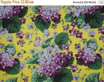 ON SALE REMNANT--Classic Bouquets of Violets on Yellow Print Pure Cotton Fabric--16 Inches
