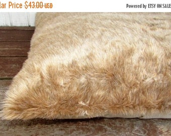 20% off Pet Bed, Duvet Cover Light Teddy Bear Brown Fur, 44 x 29, Canine Cloud Dog Bed Cover, Pet Furniture, Pet Gift