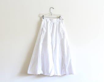 Vintage High Waisted White Cotton Skirt / Elasticated Waist / Circle Skirt / Modern and Minimal XS S