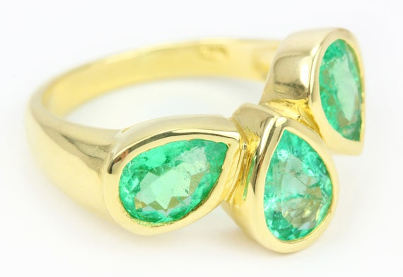 3.40tcw Multi Colombian Emerald & Gold Ring 14k, 3 stone emerald Pear Ring, Gold Emerald Ring,  3 stone pear cut ring, May Birthstone Ring