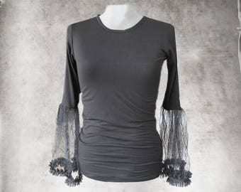 Black knit top -Bell tulle pleat sleeve - Crew neck shirt - pull over tee