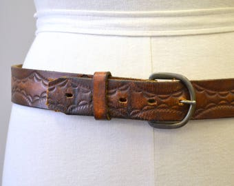1970s Brown Tooled Leather Belt