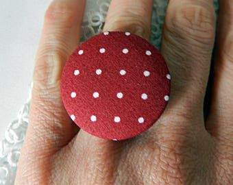 Adjustable ring in polka dot fabric