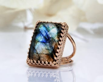 SALE - Rose Gold Labradorite ring,gemstone ring,rectangular ring,large ring,big statement ring,natural stone ring,bridal ri