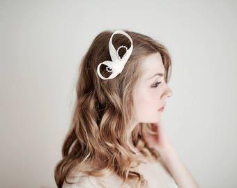 Ivory Hair Pin Bridal Hair Pin, Ivory Fascinator, Wedding Hair Pin, Ivory Hair Accessories, Ivory Headpiece, Rhinestone Hair Pin