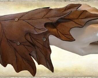 """Leather armguard """"Maple leaf"""""""