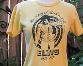 """RESERVED Vintage Yellow Unisex Collectible Novelty Elvis Cotton Graphic T-shirt / """"The King of Rock 'n Roll"""" 1935-1977 In Memory Tee/ XS"""