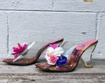 9 M | Timothy Hitsman Clear Wedge Sandals w/ Flower Tops