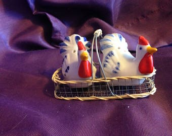 Vintage roosters salt & pepper shakers 1950s chicken salt and pepper shakers roosters with basket -  At Everything Vintage Shipping's on Us!