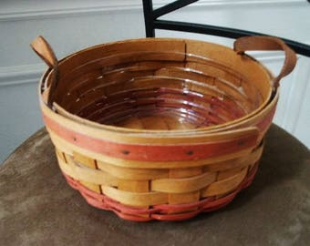 Beautiful 1995 Longaberger Hand Mother's Day Basket with Plastic Liner and Red Accents and Leather Handles Dresden, OH USA