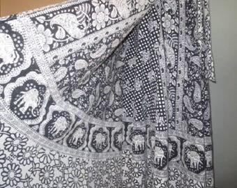 Vintage India Wrap Skirt, India Gauze // Wrap Around skirt, Boho, Hippie Wrap Skirt, Excellent...30-32 Waist