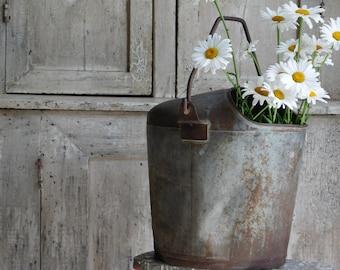 Vintage Primitive Metal Milk Pail, Cream Dairy Bucket, Farmhouse Decor
