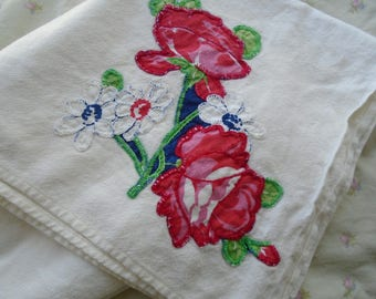 Vintage Applique Rose Towel / Large Cotton Rose Dishtowel / Hand Embroidery / Red Blooming Rose / Flour Sack Towel / Tea Party Linen