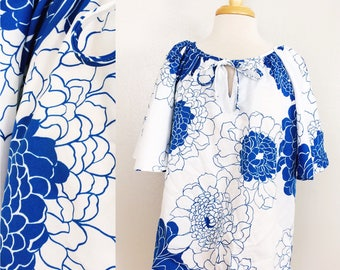 Hawaiian Print Blouse // Hawaiian Palm Tunic // Butterfly Sleeve Top // Floral Blue and White Shirt