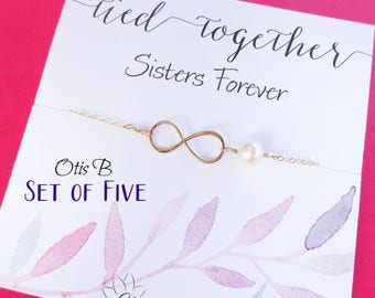 Bundles Set of THREE infinity bracelets, Bridesmaid gifts, friendship bracelets, Bridesmaid jewelry, Sisters, Bridesmaid cards