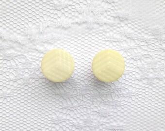 Light Yellow Design Pair Plugs Gauges Size: 0g (8mm)