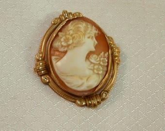 Vintage Esemco 10kt Gold Carved Cameo Brooch/Pendant