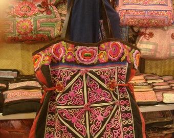 Tote/vintage -Tribal-Handmade Ethnic Hmong Bag 013