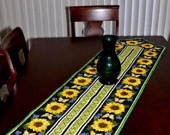 Table Runner - Quilted - Sunflower and Butterflies Table Runner 2