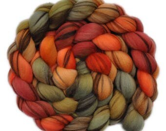 Handpainted roving - 21.5μ Merino wool spinning fiber - 4.1 ounces - Fresh Crab 2