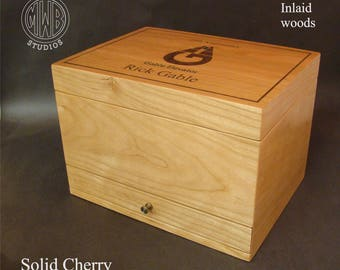 Custom handcrafted inlaid humidor HD75-1 with free shipping.