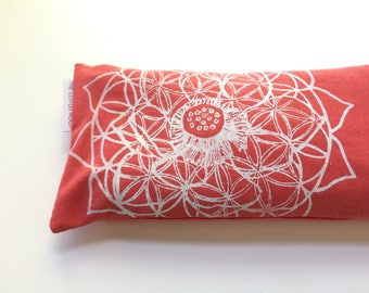 Eye pillow with washable cover / Organic Cotton with Sacred Geometry Design