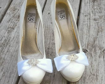 Satin Bow Shoe Clips - Color Choice, Jewel Choice -  Rhinestone shoe clips, bridal shoe clips satin shoe clips for wedding shoes bridesmaid