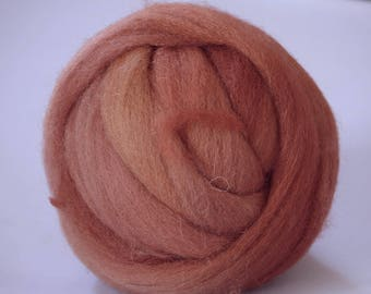 Vellon #19 Wool Natural Roving Fiber  by Manos Artesanas 1 oz / 32 g