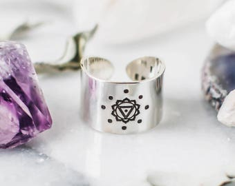 Solar Plexus Chakra ring with hidden message in sterling silver, wide band chakra ring, spiritual ring, yoga gift for her, chakra jewelry