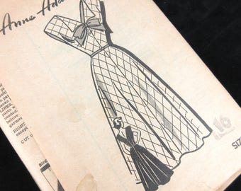 Vintage 1940s Sewing Pattern, Anne Adams, 4961, Dress Factory Folds